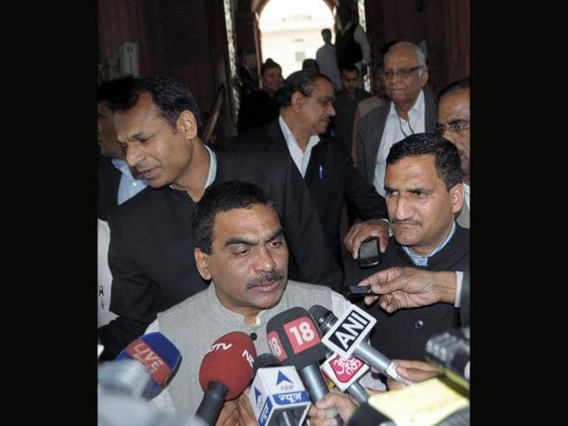 Suspended-Congress-MP-from-Vijaywada-L-Rajagopal-who-sprayed-pepper-gas-all-around-during-the-introduction-of-controversial-Telangana-Bill-in-the-Lok-Sabha-talks-to-media-in-New-Delhi-PTI-Photo