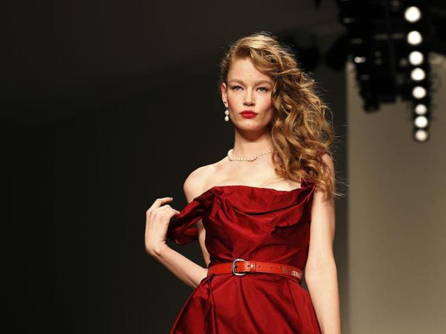 A-model-presents-a-creation-from-Vivienne-Westwood-Red-Label-Autumn-Winter-2014-collection-during-London-Fashion-Week-Reuters