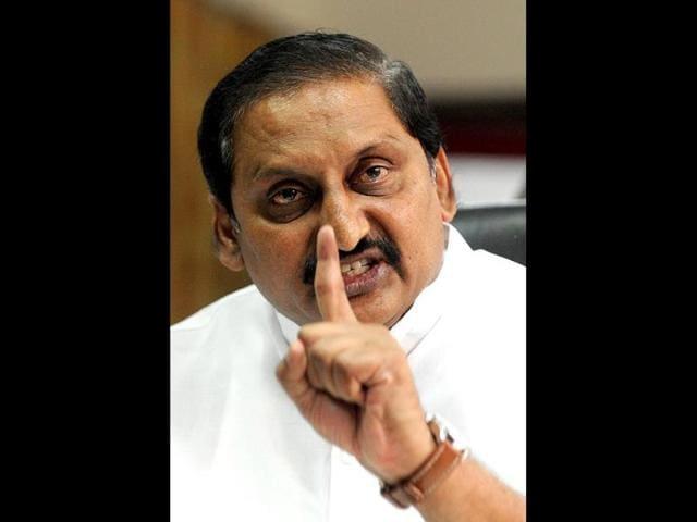 Telangana struggle,Telangana bill passed,uproar over telangana