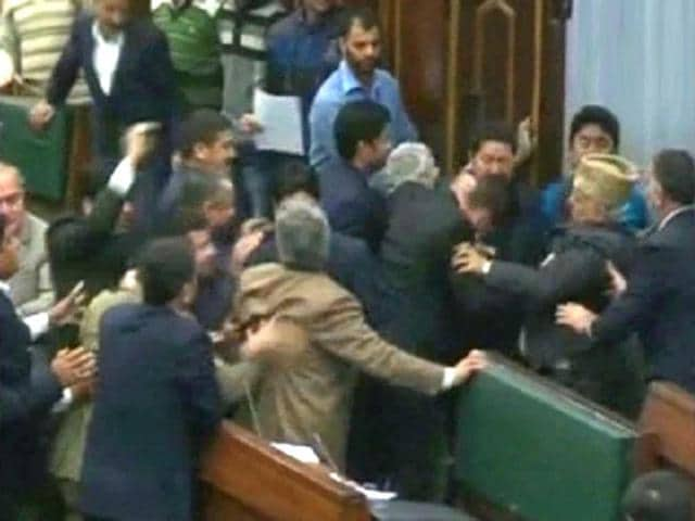 PDP,J&K assembly,ruckus in assembly