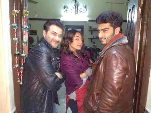 Sonakshi Sinha poses with Sanjay and Arjun.