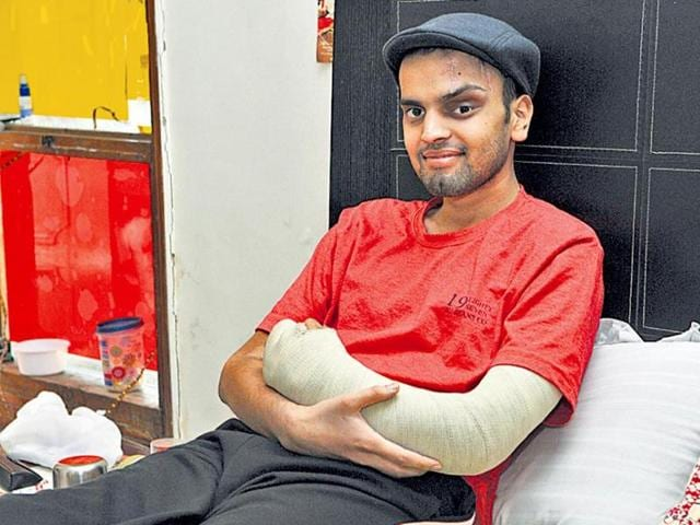 21-yr-old--accident-survivor-Sanchit-Gupta--walked-into-a-hospital-with-severed-arm-Sushil-Kumar-HT