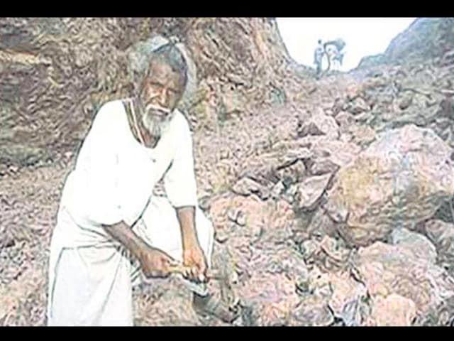 Bihar-s-mountain-man-Dasrath-Manjhi-HT-Photo