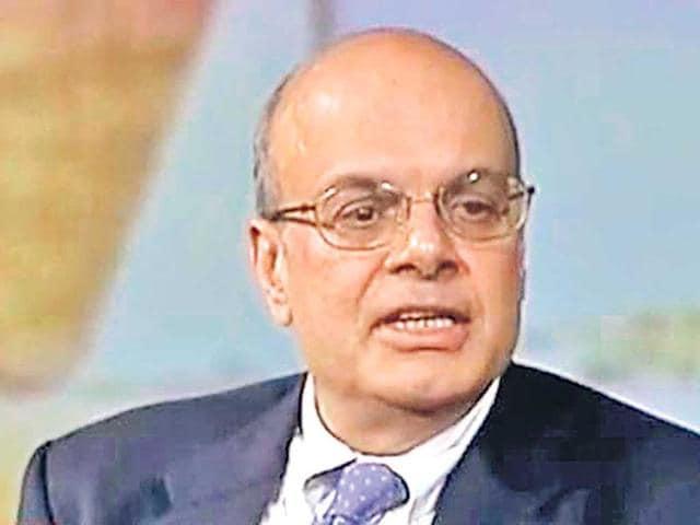 Berkshire Hathaway,Warren Buffett,Ajit Jain