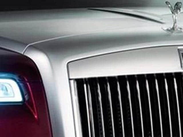 ghost,Rolls Royce,Rolls Royce reveals Ghost facelift teaser image