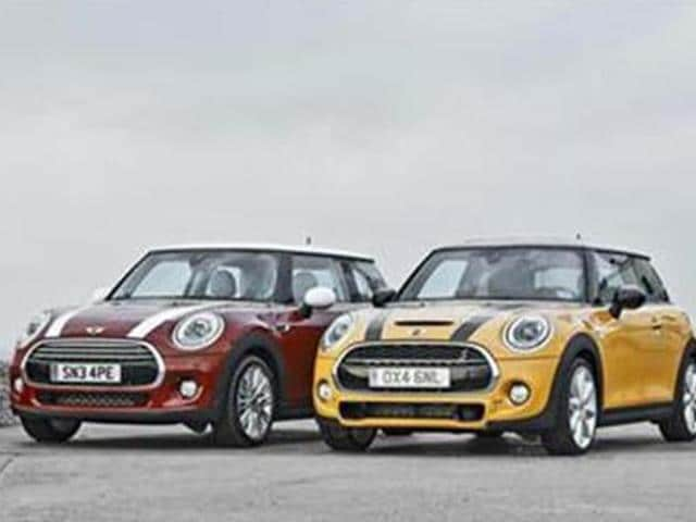 Mini-likely-to-launch-five-door-variant-by-year-end