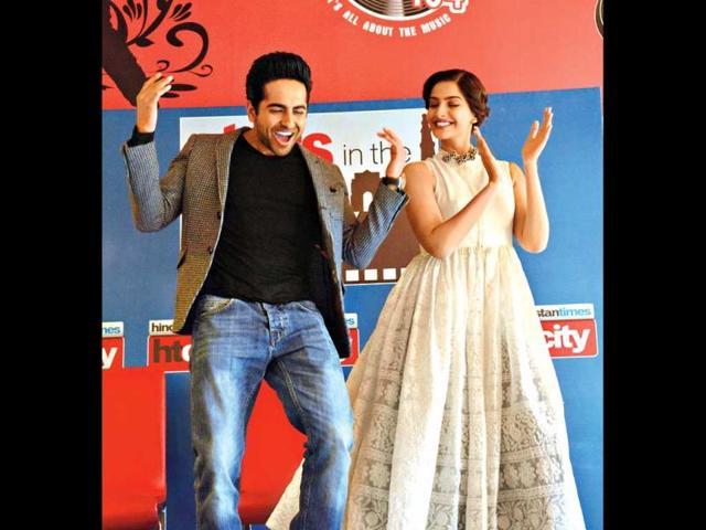Ayushmann-Khurrana-and-Sonam-Kapoor-at-HT-House