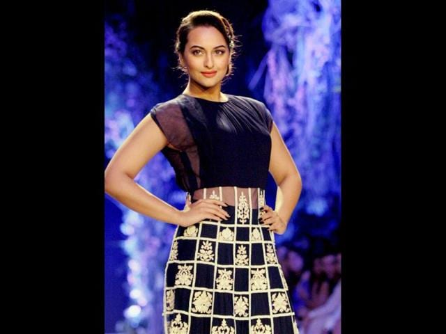 It's final! Sonakshi won't campaign for dad Shatrughan Sinha