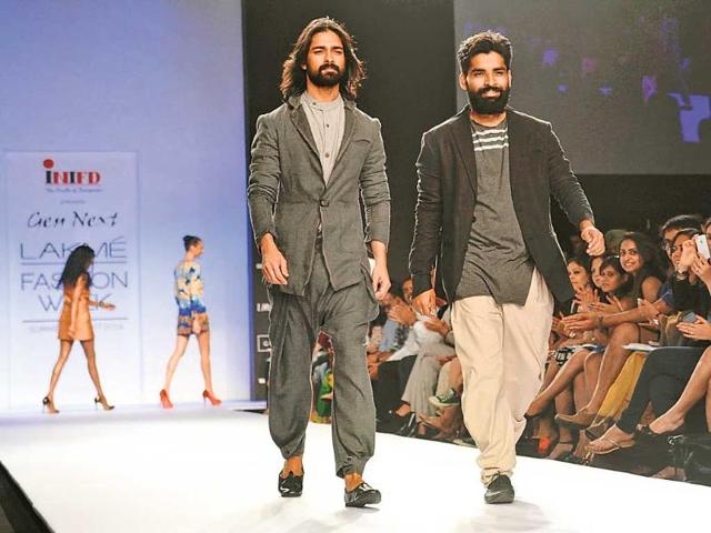 Models-walk-in-outfits-from-Antar-Agni-Ujjawal-Dubey-s-label