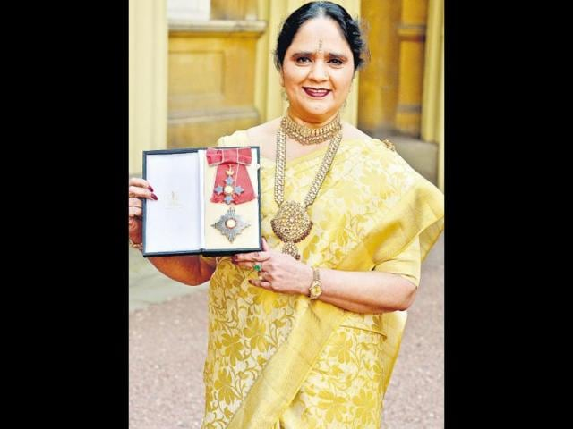Asha-Khemka-poses-with-insignia-of-Dame-Commander-of-the-British-Empire-in-London-HT-Photo