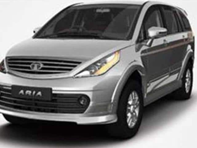 aria,New Tata Aria vs rivals,New Tata Aria vs rivals - features comparison