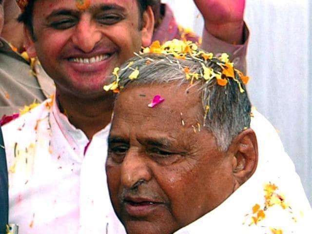 Mulayam Singh,Akhilesh Yadav,Samajwadi Party