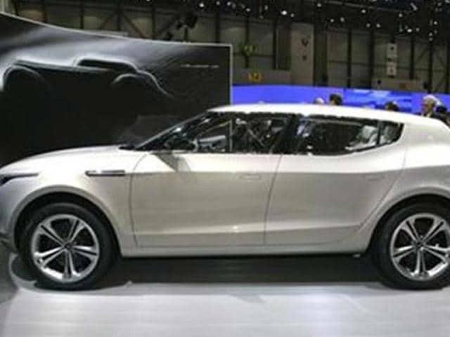 Mercedes-Benz-plans-Aston-Martin-buyout