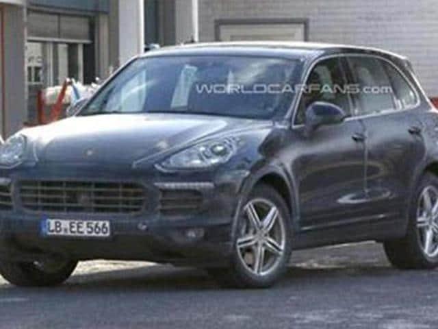 Porsche-Cayenne-facelift-takes-shape