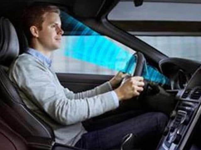 Volvo-cars-tests-smart-technology-check-drivers-attention