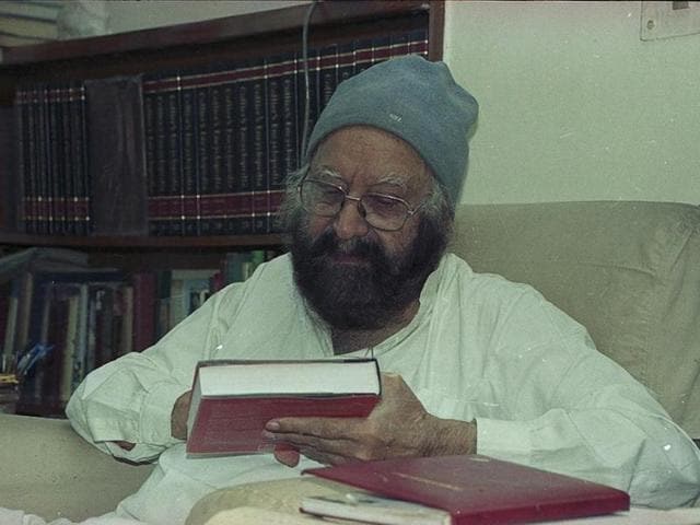 With Malice Towards One and All,Khushwant Singh,Khushwant Singh articles