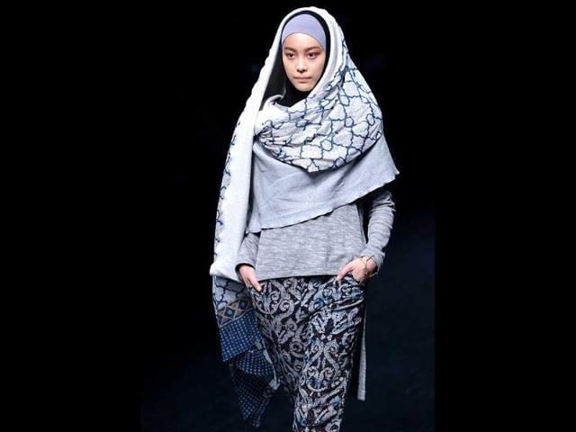 Tokyo Fashion Week,hijab,muslim headscarf