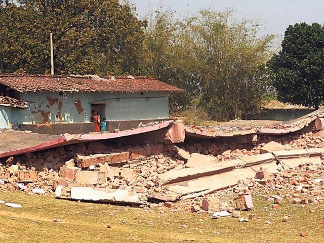 Naxals-blow-up-a-school-building-at-Pirtand-in-Giridih-Jharkhand-Binod-Kumar-Sharma-HT-Photo