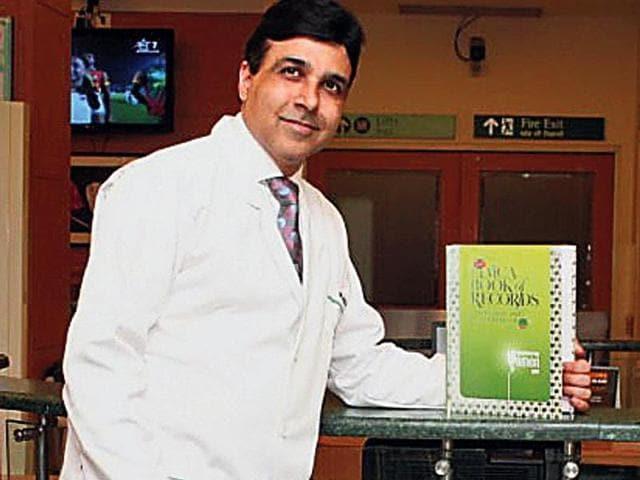 Dehradun surgeon,Limca Book of Records,Max Super Speciality Hospital