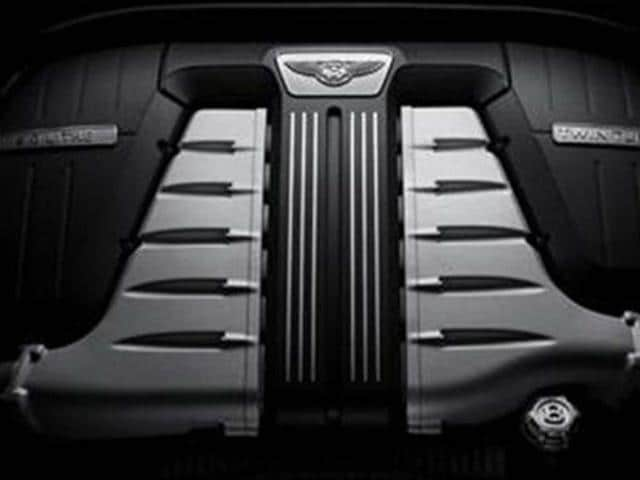Bentley-ramps-up-W12-engine-production