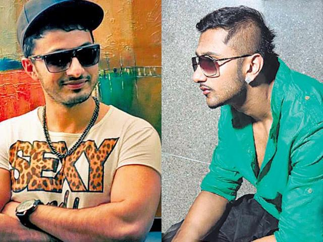Who-s-the-asli-Yo-Yo-Pakistani-artist-Yo-Yo-Ali-Jaan-left-impersonates-Yo-Yo-Honey-Singh-s-right--style-of-singing-and-his-mannerisms
