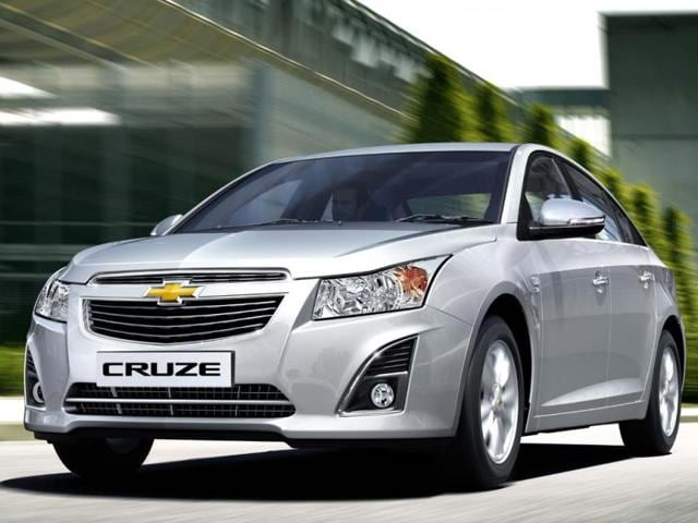 Cruze,GM India launches updated Cruze priced at Rs. 13.7 lakh,Gm