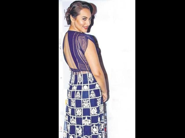 I would love to work with George Clooney, Brad Pitt and Tom Cruise: Sonakshi Sinha