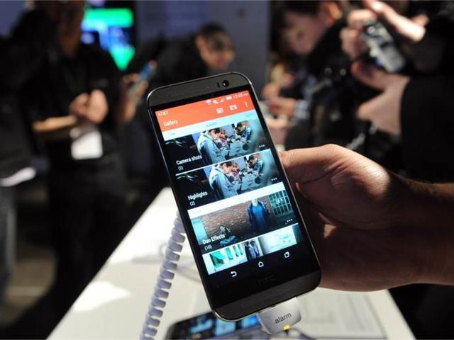 HTC,iPads,Apple