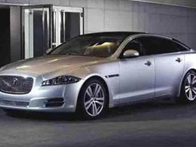 jaguar,Jaguar XJ,Jaguar XJ facelift takes shape
