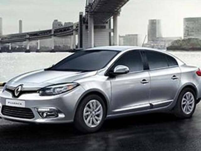renault,Renault launches Fluence facelift