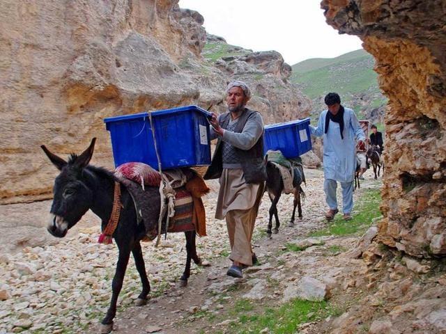 Risks of violence and fraud haunt landmark Afghan election