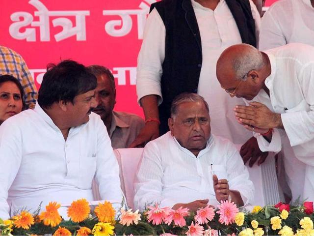 Samajwadi-Party-leader-Mulayam-Singh-Yadav-adressing-a-rally-for-upcoming-Lok-Sabha-election-at-Mihir-Bhoj-Degree-College-in-Dadri-Atul-Modi-HT-photo