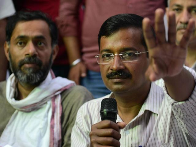 Aam-Aadmi-Party-AAP-chief-Arvind-Kejriwal-addresses-supporters-as-he-heads-to-the-district-collectors-office-to-file-his-nomination-papers-for-ongoing-parliamentary-elections-in-Varanasi-Arun-Sharma-HT-Photo