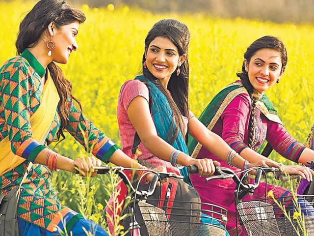 A-cultural-festival-in-the-Capital-celebrates-the-spirit-of-Punjab-by-taking-the-traditional-route-of-Phulkari-HT-PHOTO