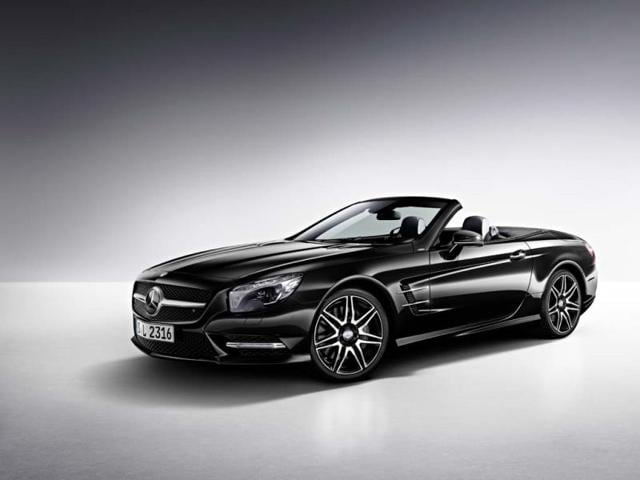 The-Mercedes-Benz-SL-400-has-a-333hp-V6-engine-Photo-AFP