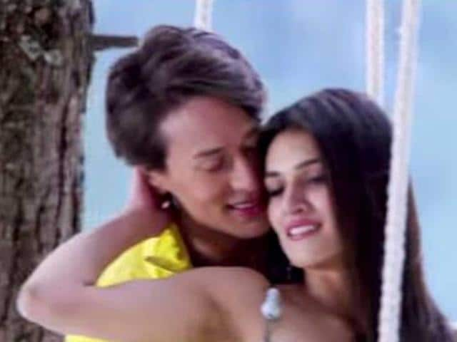 Tiger Shroff and Kriti Sanon in a romantic scene from Heropanti.