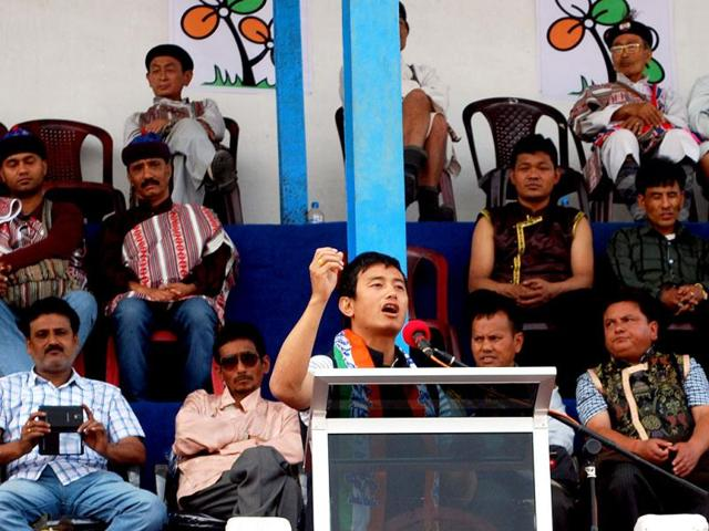 Baichung-Bhutia-addresses-a-gathering-of-Lepcha-tribal-communities-at-the-Mela-Ground-in-Kalimpong-on-Thursday-Somshuvra-Laha-HT