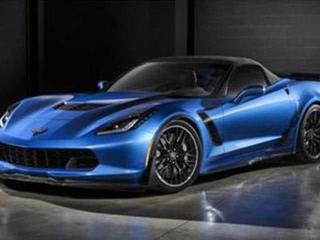 Chevrolet-reveals-Corvette-Zo6-convertible