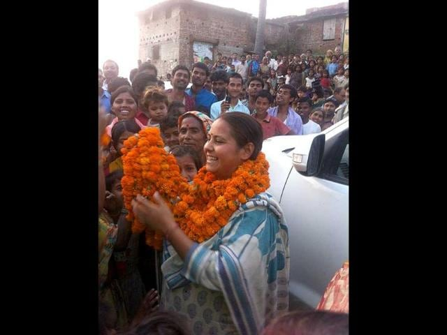 Misa-Bharti-on-the-campaign-trail-on-the-outskirts-of-Patna-HT-photo