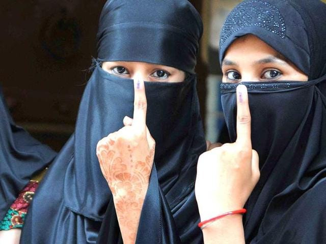 First-time-voters-show-their-ink-mark-after-casting-vote-in-Jaipur-Himanshu-Vyas-HT-Photo