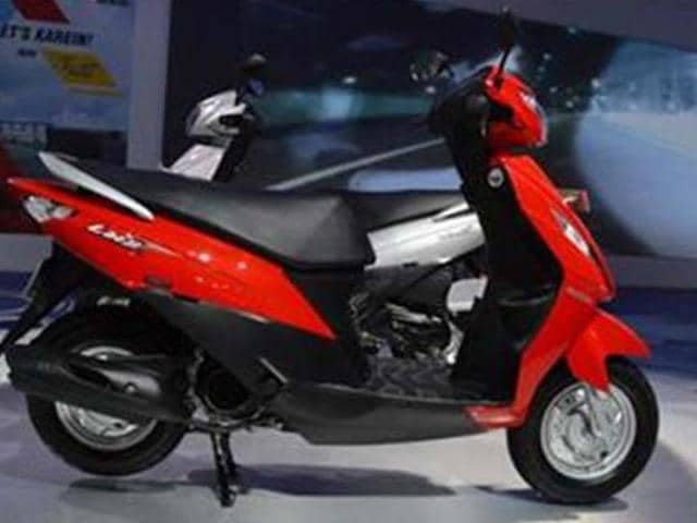 Suzuki-Lets-scooter-bookings-commence
