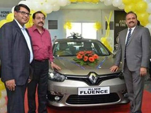 Renault-inaugurates-second-retail-outlet-in-Jaipur