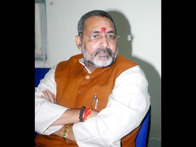 Union-minister-Giriraj-Singh-said-if-Rajiv-Gandhi-would-ve-married-a-Nigerian-and-Sonia-wasn-t-white-skinned-would-Congress-have-accepted-her-Arvind-Yadav-HT-File-Photo