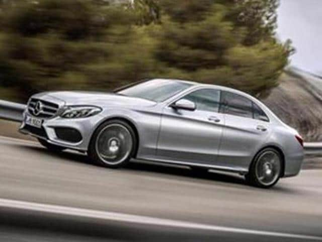 Mercedes-Benz-plans-to-introduce-C-450-AMG-Sport