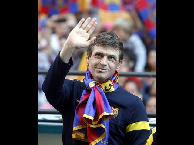 A-file-photo-of-Barcelona-s-former-coach-Tito-Vilanova-waves-on-a-bus-during-their-victory-parade-on-the-streets-of-Barcelona-Reuters-photo