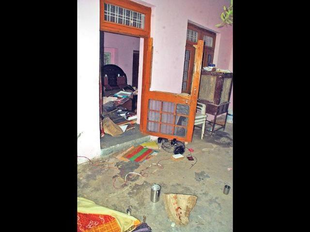 The-ransacked-ashram-in-Kota-where-the-robbers-struck-AH-Zaidi-HT-Photo
