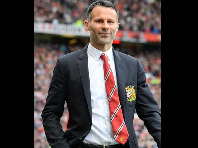 Manchester-United-s-caretaker-manager-Ryan-Giggs-before-the-start-of-the-English-Premier-League-football-match-between-Manchester-United-and-Norwich-City-at-Old-Trafford-in-Manchester-AFP-photo
