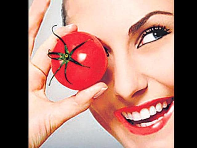 All-of-us-love-to-eat-tomatoes-which-have-a-lot-of-health-benefits-Agencies