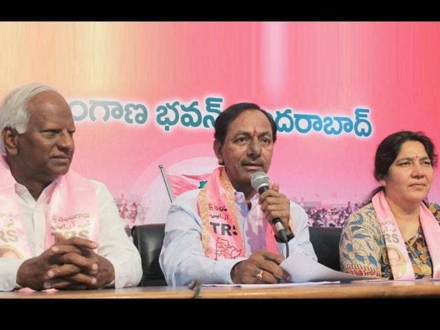 TRS-president-K-Chandrashekar-Rao-with-party-leaders-addresses-the-media-at-Telangana-Bhavan-in-Hyderabad-PTI-photo