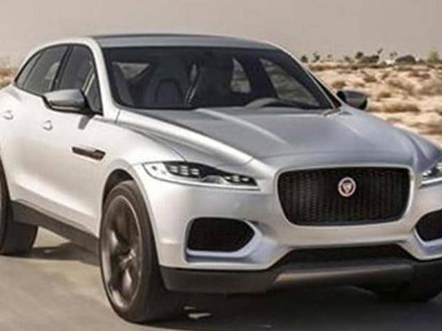Jaguar-starts-track-testing-upcoming-SUV